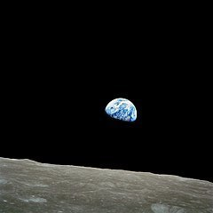 240px-NASA-Apollo8-Dec24-Earthrise.jpg